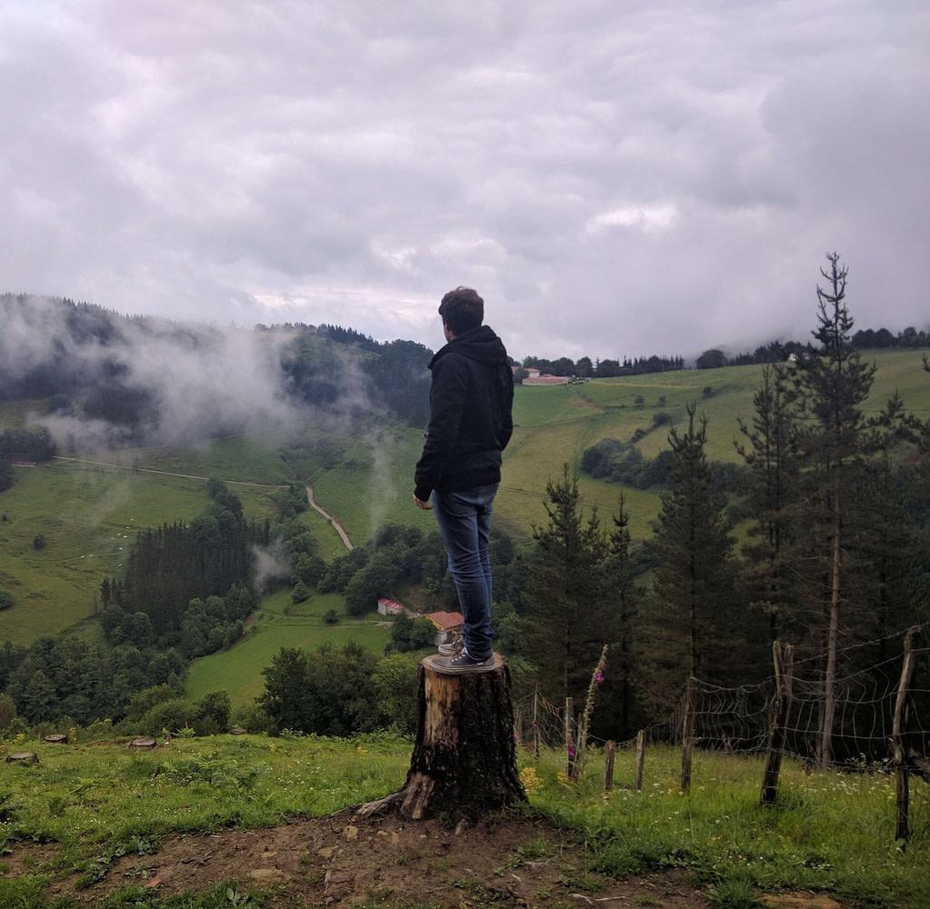 Ander Aldekoa en el monte